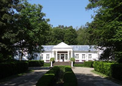 13. Casa memoriala George Enescu de la Tescani