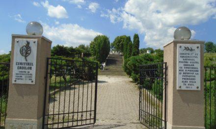 ONG-urile cultural-patriotice dau o mână de ajutor Primăriei Alba Iulia, în vederea reabilitării Cimitirului Eroilor din Alba Iulia