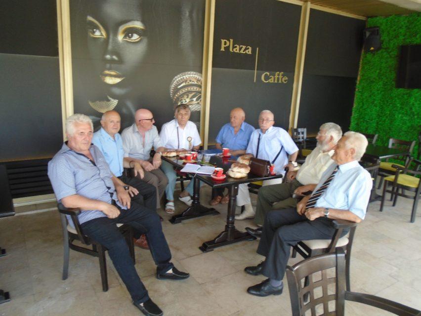 """La 20 de ani de existență și împliniri, membrii Fundației """"ALBA IULIA 1918 PENTRU UNITATEA ȘI INTEGRITATEA ROMÂNIEI"""" și ai Revistei """"DACOROMANIA"""" se află în febra marcării acestei aniversări"""