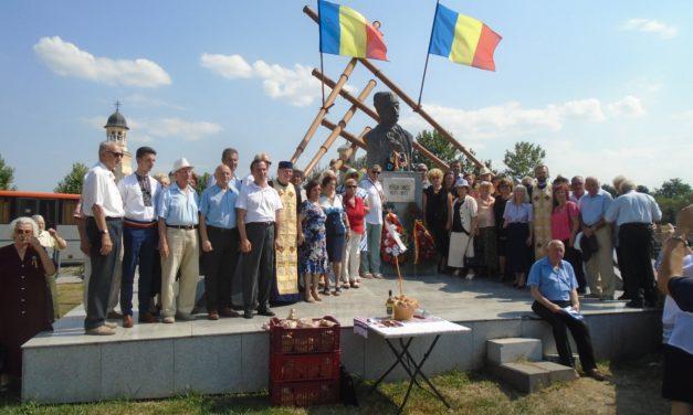 Crăișorul Munților Avram Iancu, comemorat la Bustul cu tulnice din Cetatea Alba Iulia, la 147 de ani de la trecerea în lumea celor drepți