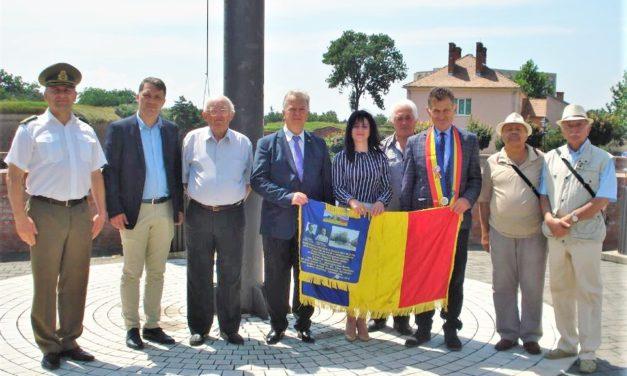 """Membrii Fundației """"Alba Iulia 1918 pentru Unitatea și Integritatea României"""" au participat la Ziua Imnului Național"""