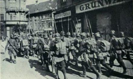 4 august 1919, armata română intră în centrul Budapestei, pentru a înlătura regimul bolşevic a lui Bela Kun.  Soldaţii români au pus opinca pe Parlamentul din Budapesta.