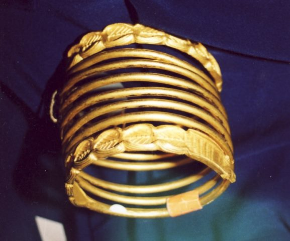 Descoperiri de tezaure antice din aur în zona Munţilor Orăştie menţionate în cronicele medievale şi documentele moderne (2)