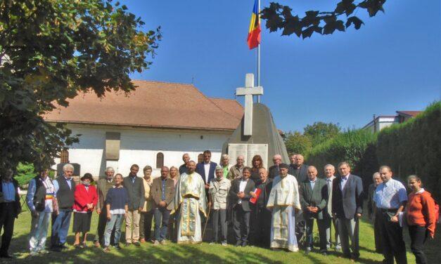 La MONUMENTUL din curtea Bisericii din Lipoveni, Alba Iulia, s-a inaugurat prin sfințire, catargul și drapelul tricolor al RomânieI